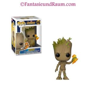 Groot with Stormbreaker